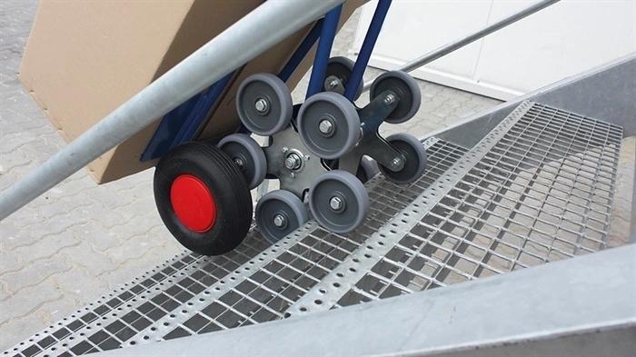 trappesækkevogn med klatrehjul